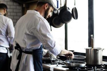 ¿Cómo freír varios tipos de carne, verduras y otros productos?