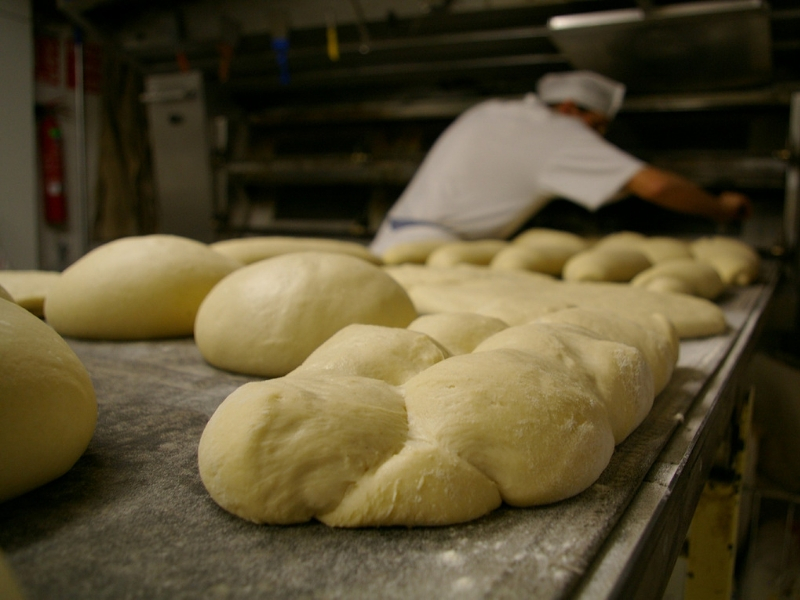 ¿Cómo incrementar las ventas en una panadería?
