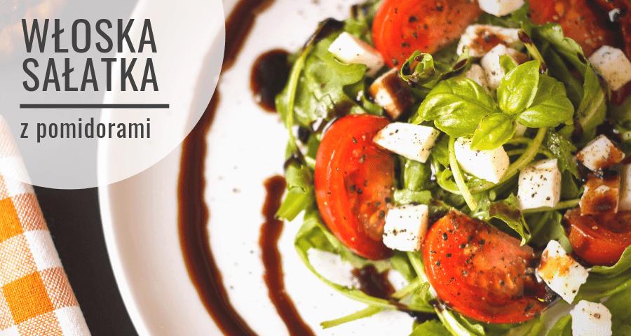 Ensalada italiana de tomates frescos para la parrilla