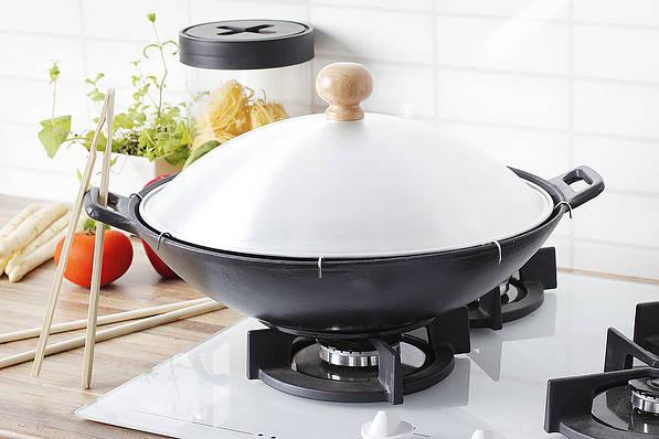 Sartén wok de hierro fundido