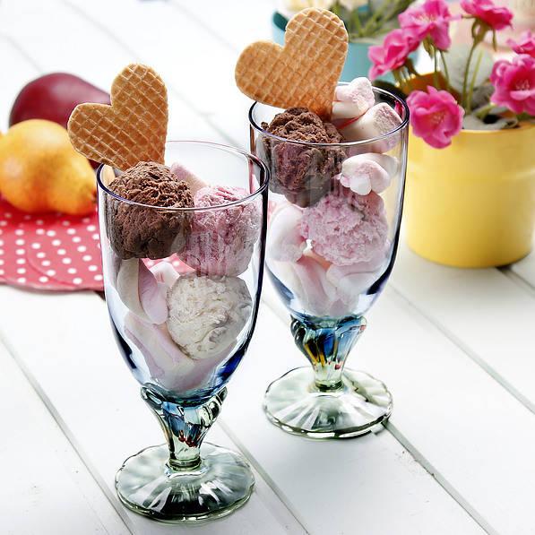 Vasos de helado y postre de cristal Bormioli Rocco