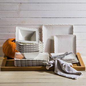Un juego de platos de porcelana Duo Fischer White