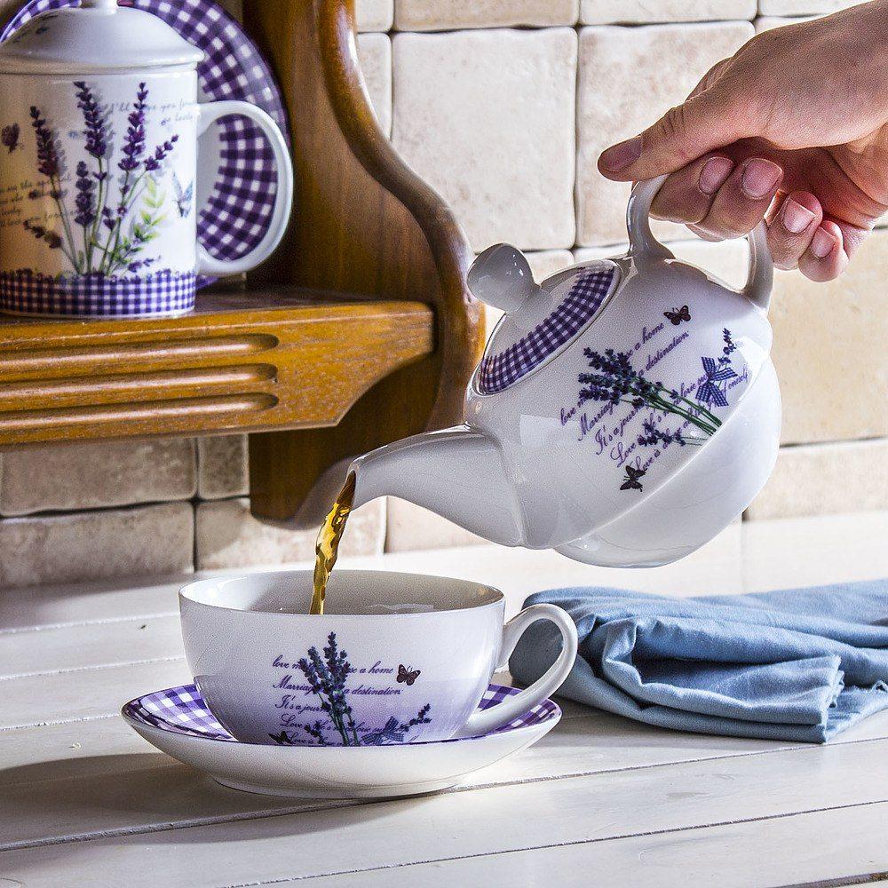 Tetera con una taza