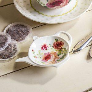 Mantel individual de porcelana para una bolsita de té Rose