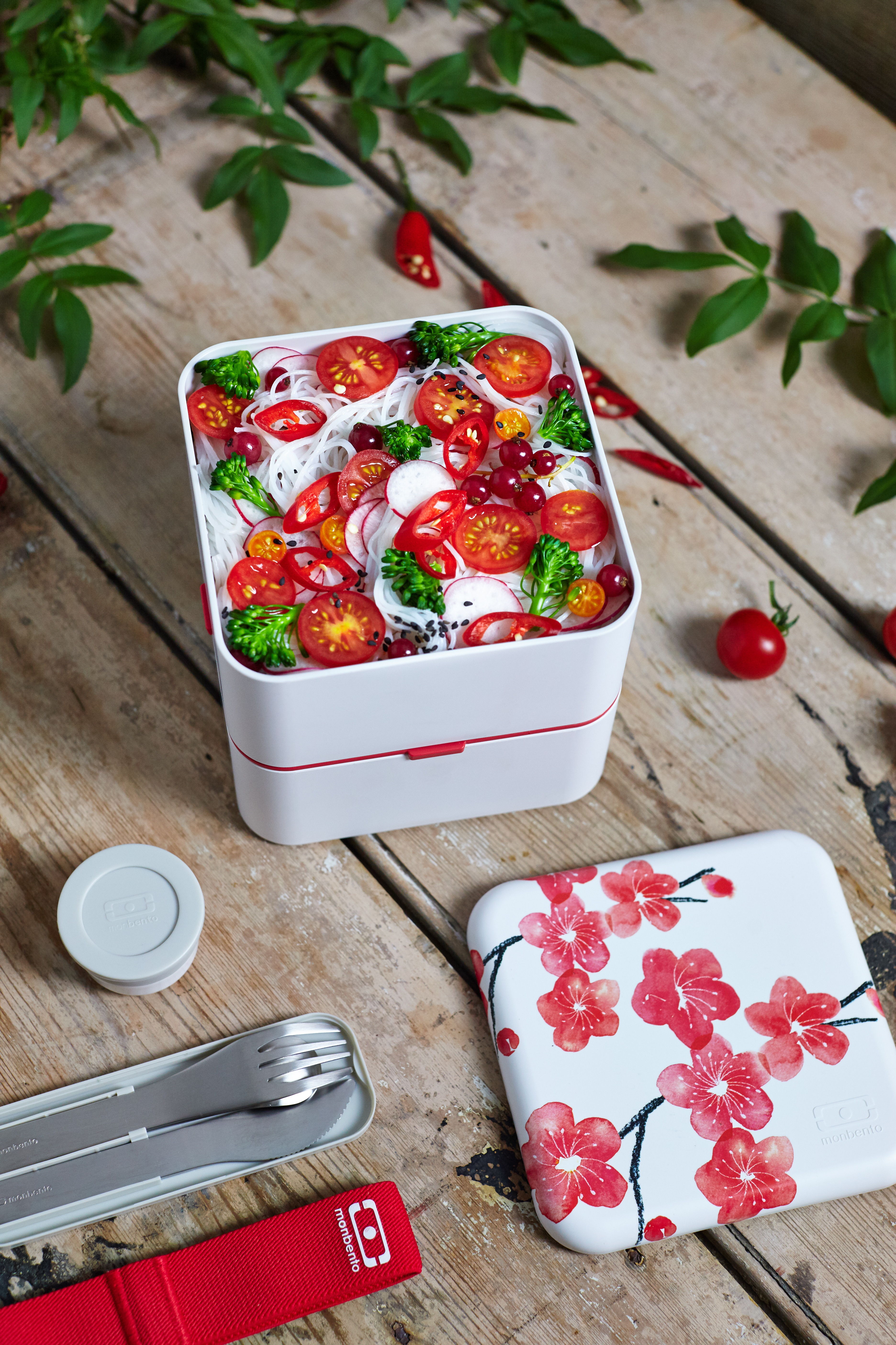 caja bento con flores