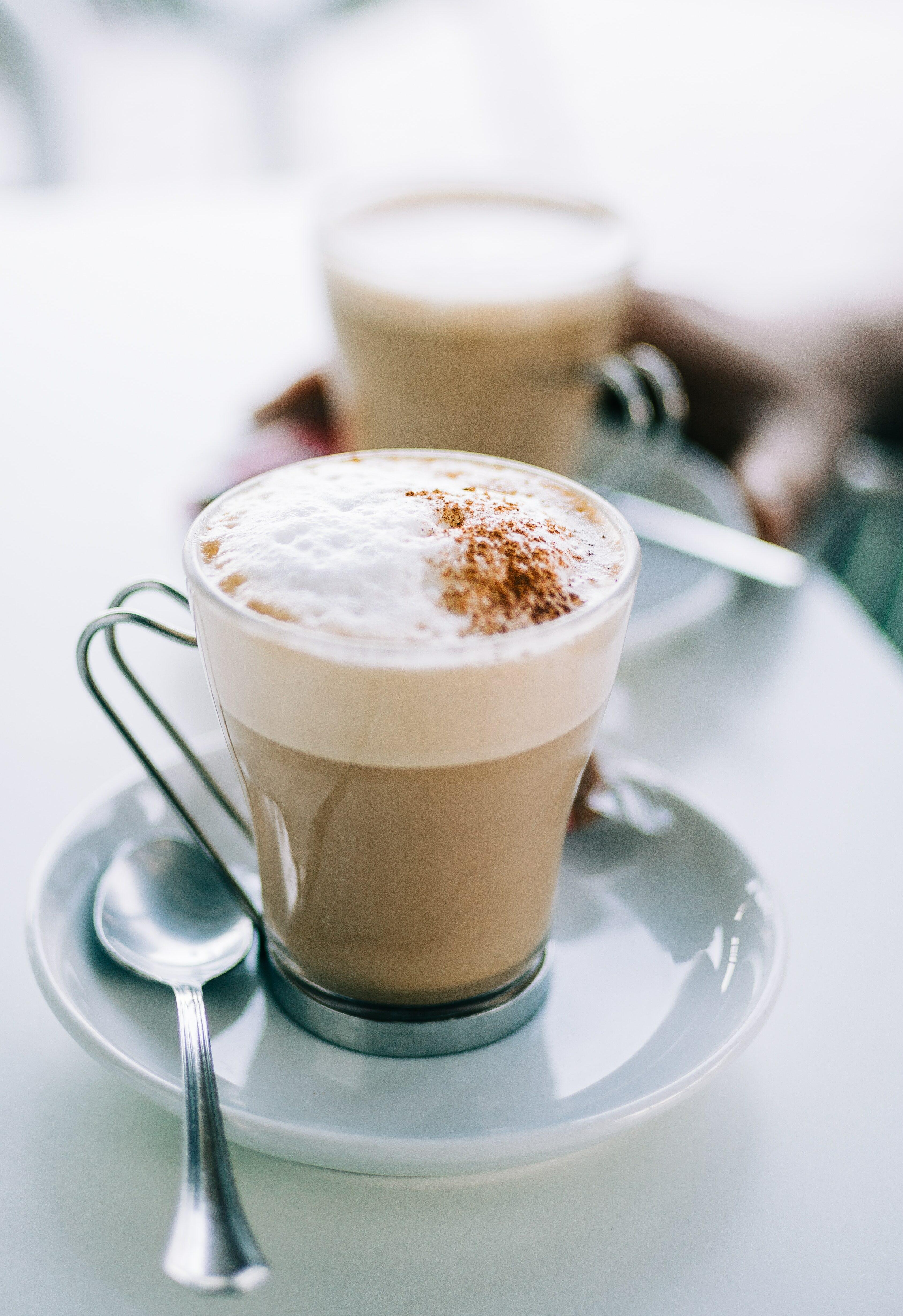 café con leche espumosa