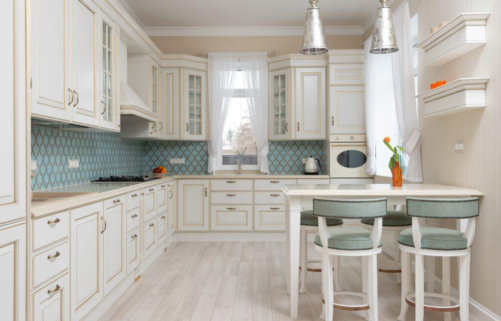 Estilo Hampton, es decir, cocina en colores suaves.  ¿Cómo arreglarlo?