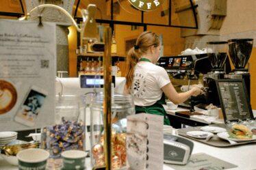 Folleto de restaurante o cafetería